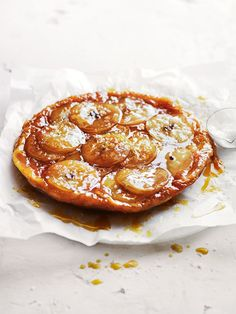 salted honey and apple tarte tatin from donna hay fast issue (Honey Recipes Baking) Just Desserts, Delicious Desserts, Dessert Recipes, Yummy Food, Tasty, Apple Recipes, Baking Recipes, Sweet Recipes, Fruit Recipes