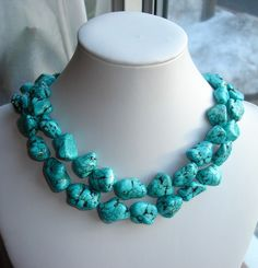 I Got It: Chunky turquoise bead necklace