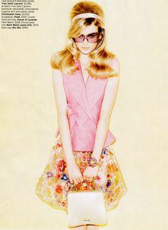Karo Mrozkova by Matt Irwin for Elle US March 2012 Floral Fashion, Pink Fashion, Fashion Beauty, Elle Us, Expensive Clothes, Fashion Poses, Fashion Shoot, Christopher Kane, Portrait Inspiration