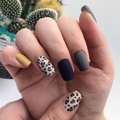 90 Simple Short Nails Design Ideas For Square & Round Nails in Spring & Summer Manicure Y Pedicure, Gel Nails, Nail Polish, Short Nail Designs, Best Nail Art Designs, Love Nails, Pretty Nails, Cute Nails For Fall, Classic Nails