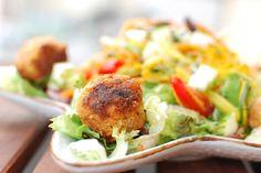 Salat mit Vleischbällchen, vegan