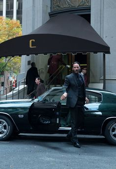 Creator and writer of Fast and Furious, Chris Morgan has revealed that he intends to add more juice to the franchise by casting Keanu Reeves. John Wick Car, John Wick Movie, Keanu Reeves Movies, Keanu Reeves Quotes, Keanu Reeves John Wick, Keanu Charles Reeves, Keanu Reeves Motorcycle, John Rick, Keanu Reaves