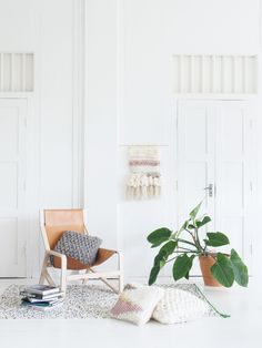 A new magazine celebrating crafting with yarns. KOEL is all about curating a contemporary interior decor with yarns.