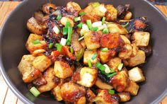 <p>Craving Chinese food? Trying to not order take out as much (Don't worry, I won't tell)? This dish will satisfy your craving without making your wallet cry!</p>