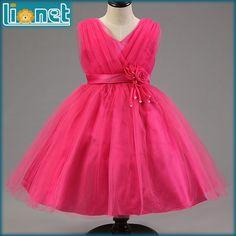 $16.20 (Buy here: https://alitems.com/g/1e8d114494ebda23ff8b16525dc3e8/?i=5&ulp=https%3A%2F%2Fwww.aliexpress.com%2Fitem%2FChristmas-Lovely-Girl-Dress-Roses-Flower-Princess-Style-Girls-Clothes-Dresses-reine-des-neiges-for-100%2F32580470964.html ) Christmas Lovely Girl Dress Roses Flower Princess Style Girls Clothes Dresses reine des neiges for 100-140CM Height Kids for just $16.20