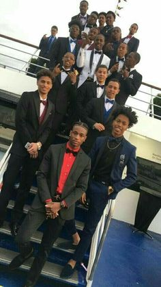 One of these niggas goin to prom with me no excuses Cute Black Guys, Gorgeous Black Men, Black Boys, Beautiful Boys, Cute Guys, Pretty Boys, Fine Black Men, Handsome Black Men, Fine Men