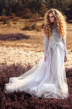 Lace Wedding, Wedding Dresses, Bridal, Instagram Posts, Fashion, Wedding Dress Lace, Dress Wedding, Gowns, Bride Dresses