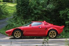 Dream cars from the 70's. 1975 Lancia Stratos HF Stradale by Bertone