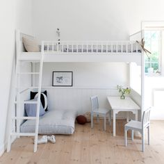 Oliver Furniture Hochbett 90 x 200 cm...  Bright white loft with reading and play area underneath... great!