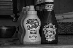 Jack Daniels Whiskey, Ketchup, Burgers, Whiskey Bottle, Drinks, Hamburgers, Drink, Hamburger, Beverage
