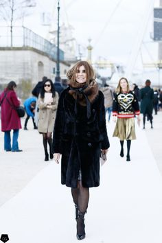 Carine Roitfeld by Claire Guillon - CGstreetstyle