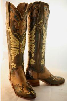 Paul Bond Boots. Love the details!!