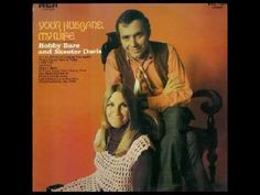 """Tunes For Two Skeeter Davis & Bobby Bare with the wonderful song """"We Must Have Been Out Of Our Minds"""". Songwriter was Melba Montgomery. Old Country Songs, Country Western Singers, Best Country Music, Country Music Videos, Dear John Letter, Skeeter Davis, Nostalgic Songs, Bluegrass Music, Music Clips"""