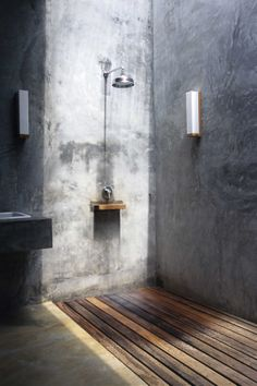 Minimal, concrete interiors at Costa Lanta in Koh Lanta are ideal for those of us who want to escape completely. Stone House Plans, Casa Loft, Concrete Interiors, Concrete Bathroom, Interior Minimalista, Tadelakt, Bathroom Design Luxury, Minimalist Bathroom, Beautiful Bathrooms