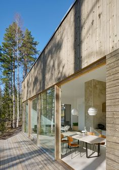 〚 Swedish modern home with simple design and wonderful lake views (120 sqm) 〛 ◾ Фото ◾Идеи◾ Дизайн Sweden House, Timber Cladding, Outdoor Seating Areas, Brick Fireplace, Interior Exterior, My New Room, Interiores Design, Future House, Tiny House
