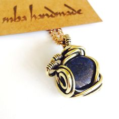 LAPIS LAZULI CRYSTAL NECKLACE ANTIQUED BRASS WIRE WRAPPED GEMSTONE VINTAGE #MbaHandmade #Wrap