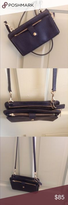Coach navy crossbody bag Coach navy blue pebble leather cross body bag with removable wallet- like new. Coach Bags Crossbody Bags