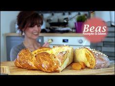 Hefezopf Rezept | gefüllter Striezel | Backen zum Frühstück oder Osterbrunch - YouTube French Toast, Bread, Baking, Breakfast, Youtube, Petra, Food, Recipes, Treats