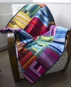 Love this quilt from Oakshot cottons, so simple and so awesome!