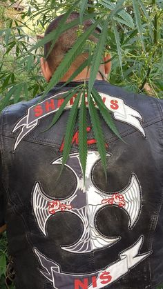 Biker Clubs, Motorcycle Clubs, Biker Leather, Rockers, Cut And Color, Crow, Hoods, Hip Hop, Motorcycles