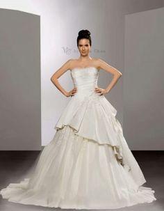 flower detail wedding gown