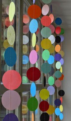 Made by MaZella :  feest-tip met gestikte confetti  Leuk