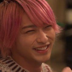 """💓無敵ぴんく💓 on Instagram: """". . . 来週も、最終回も、 この笑顔が見れますように。 . . . #ゆりゆりの幸せ見守り隊 #横浜流星 #横浜流星好きな人と繋がりたい  #ゆりゆり #はじこい #初めて恋をした日に読む話"""" Korea, Ulzzang Boy, Yokohama, Handsome Boys, Actors, Celebrities, People, Instagram, Anime"""