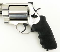 Smith & Wesson 460 PC .460 S&W Magnum (PR25520) Find our speedloader now! http://www.amazon.com/shops/raeind