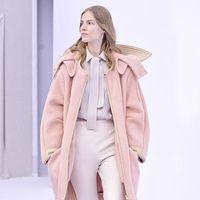 Manual de uso del rosa para este invierno: Chloé | Galería de fotos 1 de 30 | Vogue