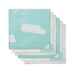Monddoekje hydrofiel Wolk jade (3pack) Monddoekje hydrofiel wolken jade uit de clouds collectie van Jollein. In deze verpakking met 3 hydrofiele monddoekjes vind je 2 witte monddoekjes met jade wolken en 1 jade mondoekje met witte wolken.Wasbaar op 60 graden. Kleur: jade Afmeting: 31x31 cm Materiaal: 100% Katoen Merk: Jollein