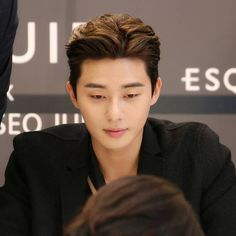 Asian Boy Haircuts, Asian Man Haircut, Haircuts For Men, Korean Men Hairstyle, Cool Hairstyles For Men, Korean Hairstyles, Asian Perm, Men Perm, Medium Hair Styles