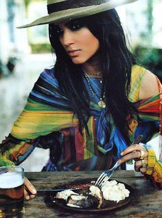 Gypsy Queen: Elle (US) March 2001, Teresa Lourenco by Ruven Afanador