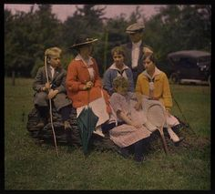 What a lovely tennis-playing family. Clothes in Books