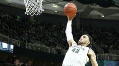 #Collegebasketball: Denzel Valentine draws comparisons to Spartan greats. #DenzelValentine #basketball #players