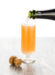 Hosting Sunday brunch soon? This Mexican Mimosa is my new go to brunch cocktail. Tequila is the secret ingredient that sets this mimosa apart from the rest. ~ http://www.garnishwithlemon.com