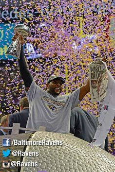 Ray Lewis boosts the Lombardi in NOLA Superdome