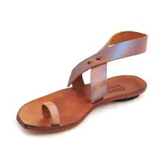 Women's Cydwoq Sandal *Slight color variations possible--call for leather-related inquiries.