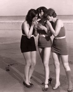 Women smoking 1920's