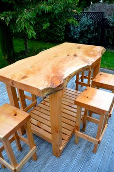 RUSTIC BAR LEANER With Drinks Tub Insert Trade Me Bar Table Stool Ideas