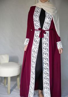Elegant abaya with delicate lace vertical detailing, which lengthens the body to make you appear leaner and taller. Comes in dark blue and wine red. Style: Casual Decoration: Lace Measurements: see chart :) 1 inch=2.547cm/1cm=0.3937inch