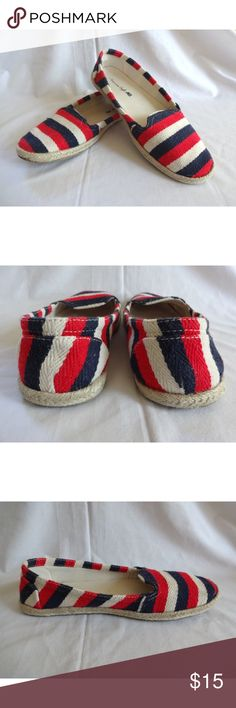American Eagle Flats Espadrilles Striped Shoes 6.5 American Eagle Womens Flats Espadrilles Striped US Flag Casual Shoes  Size 6.5   EUC, only worn a couple times American Eagle Outfitters Shoes Flats & Loafers