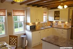 Kitchen/Breakfast room with fully fitted kitchen including integrated appliances Cornwall, Kitchen Cabinets, Appliances, Cottage, Breakfast, Room, Home Decor, Gadgets, Morning Coffee