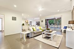 23 Woodley Crt Diamond Creek Partnered with Alfresco dining and sparkling pool