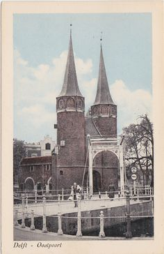 Postcard sent to the USA: Oostpoort in Delft, The Netherlands (swap **O** postcard)