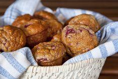 Muffins triple framboises Chicken Salad, Biscuits, Brunch, Bread, Breakfast, Ethnic Recipes, Desserts, Grand Bol, Becca