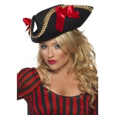 Buy a women's fever pirate hat to complete your pirate costume in theme parties from the Halloween Spot. This black hat is perfect for a pirate costume. Fancy Dress Hats, Pirate Fancy Dress, Ladies Fancy Dress, Adult Fancy Dress, Fancy Dress Accessories, Costume Accessories, Halloween Costume Hats, Halloween Fancy Dress, Pirate Costumes