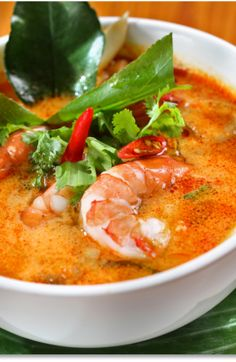 Low FODMAP and Gluten Free Recipe - Tom yum soup with lime and white fish