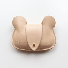 Taking a break from new projects means buying stuff in your spare time. I've been in a spendy mood--look at this cute bear purse I ordered! By @sylviasooleather