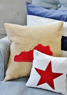 Burlap pillow love...with Tennessee, of course!