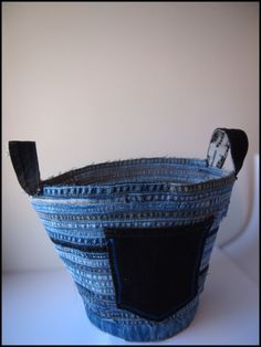 How To : Recycled Denim Coil Basket. idea: make this from folded or braided strips of fabric and line it with pockets to hold crochet hooks and knitting needles.